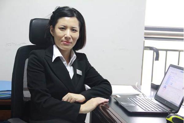 Shirley-annaite-tire-manager